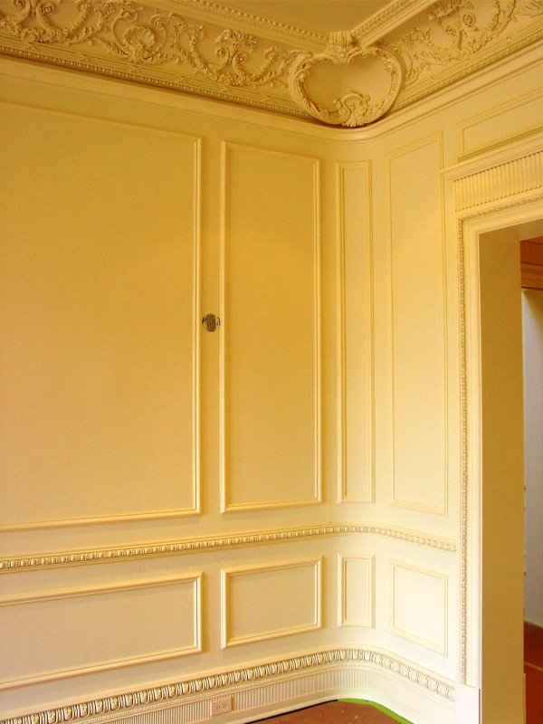 Crown Moulding By Smith Brothers Finish Carpentry Of